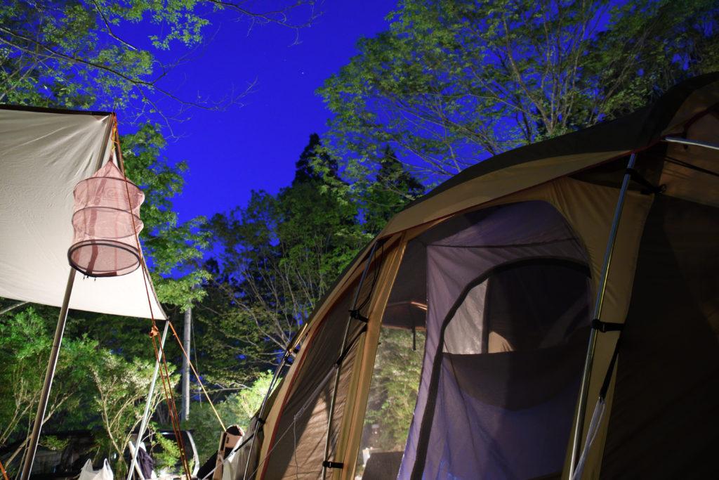 郡上八幡リバーウッドキャンプ場の夜