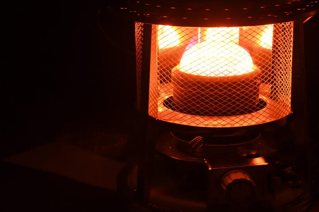 暖かい光を発するフジカハイペット