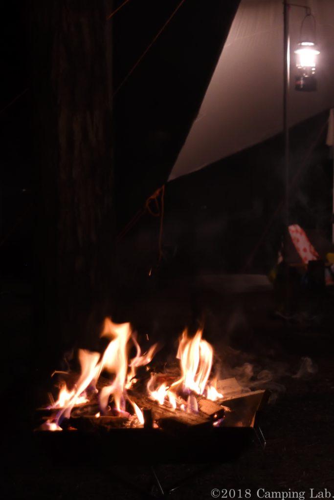 焚き火は楽しい