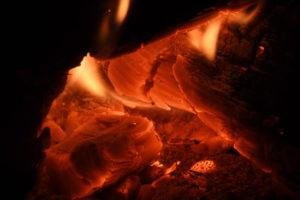 焚き火の暖かさ