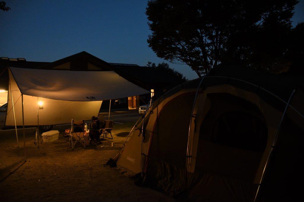 青川峡キャンピングパークの夜